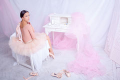 Professional ballet dancer resting after the Royalty Free Stock Photos