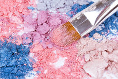 Professional make-up brush on colour eyeshadows Royalty Free Stock Photos