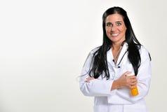 professional medicinska pills för brunettkvinnlig Arkivbilder