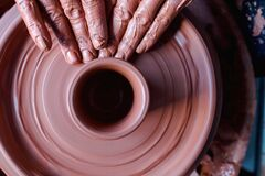 Free Professional Potter Making Bowl In Pottery Workshop, Studio Stock Image - 186740681