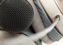 Professional studio microphone and headphones Royalty Free Stock Photos