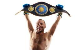 Professionele die bokser in zwarte dark wordt ge?soleerd als achtergrond stock foto's