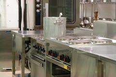 Professionele industriële keuken Stock Afbeelding