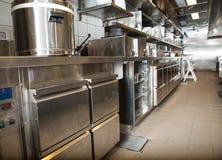 Professionele keuken, meningsteller in staal Stock Fotografie