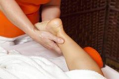 Professionele massage en lymfatische drainage - vario stock afbeelding