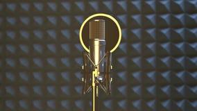 Professionele microfoon in geluidsopnamestudio stock videobeelden