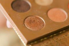 Professionele pallet oogschaduw Multicoloured afgebrokkelde oogschaduwwen stock afbeelding