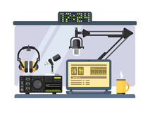 Professionele radiostationstudio royalty-vrije illustratie