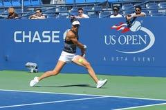 Professionele tennisspeler Andrea Petkovic van de praktijken van Duitsland voor US Open 2013 Stock Foto's