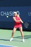 Professionele tennisspeler Elina Svitolina van de Oekraïne tijdens haar eerste ronde gelijke bij US Open 2013 tegen Dominika Cibul Royalty-vrije Stock Foto