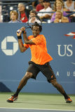 Professionele tennisspeler Gael Monfils tijdens tweede ronde gelijke bij US Open 2013 Stock Fotografie