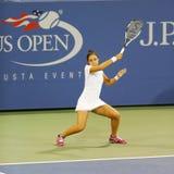 Professionele tennisspeler Zarina Diyas tijdens tweede ronde gelijke bij US Open 2014 Stock Afbeeldingen