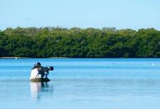 Professioneller weiblicher Naturphotograph Lizenzfreies Stockfoto