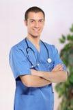 Professionnel de sourire de soins de santé Photographie stock libre de droits