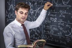 Professor no trabalho fotos de stock