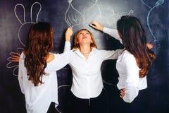 Professores que redesenham o giz seu colega Imagens de Stock Royalty Free