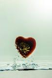 profeta del ` di Muhammad del ` della spruzzata dell'acqua di simbolo di Islam con le bolle di aria, sui precedenti bianchi immagine stock