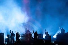Profety furia muzyczny zespół wykonują w koncercie przy ściąganie ciężkiego metalu festiwalem muzyki fotografia stock