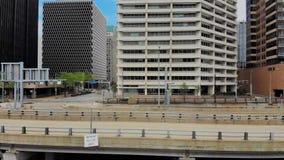 Profiel luchtmening van Fort Pitt Boulevard in Pittsburgh stock footage