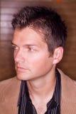 Profiel van de jonge mens stock fotografie