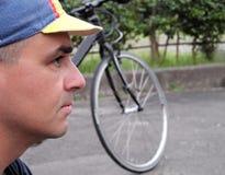 Profiel van een fietser stock afbeeldingen