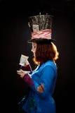 Profiel van jonge vrouw in similitude van de Hoedenmaker Stock Foto