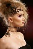 Profiel van vrouw in Halloween-stijl stock foto's