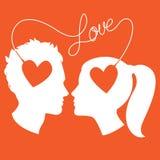 Profielen van mens en vrouw door liefdedraad die wordt de verbonden Stock Afbeeldingen