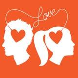 Profielen van mens en vrouw door liefdedraad die wordt de verbonden Stock Foto's