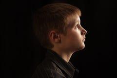 Profil av en pojke Arkivbilder