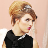Profil der Abschlussball-Königin Stockfotografie
