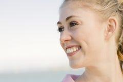 Profil der jungen Frau stockbilder