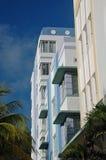 Profil des hôtels d'art déco en plage du sud Images stock