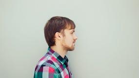 Profil des jungen Mannes Lizenzfreie Stockfotos