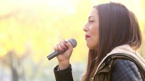 Profil des Schönheits-Gesangs stock video footage
