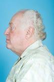 Profil eines älteren Mannes stockbild