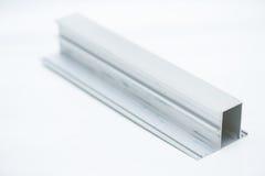 Profil en aluminium anodisé Extrusions en aluminium, profils en aluminium expulsés, Image stock