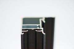 Profil en aluminium anodisé Extrusions en aluminium, profils en aluminium expulsés, Photographie stock