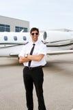 Profil pilot z strumieniem w tle Obraz Royalty Free