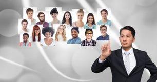 Profili commoventi del ritratto dell'uomo della gente differente Immagine Stock