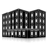 Profili l'edificio per uffici con un'entrata e una riflessione Fotografie Stock Libere da Diritti