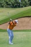 Profissional Robert Karlson Swinging do golfe Imagens de Stock