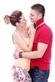 Profiter d'un agréable moment vraiment romantique de couples Photo stock