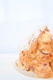 Profiterole, cream слойка Стоковые Изображения