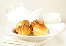 profiteroles плиты торта Стоковые Изображения RF