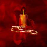 Profumo in una bottiglia di vetro, nelle perle della perla e nel women& x27; tacchi alti di s sopra royalty illustrazione gratis