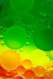Progettazione astratta delle gocce dell'olio su acqua Fotografia Stock Libera da Diritti