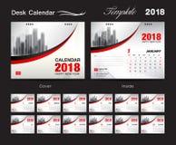 Progettazione 2018, copertura rossa, un insieme del modello del calendario da scrivania di 12 mesi, fotografia stock