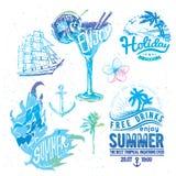 Progettazione d'annata con le etichette, i di tipografia di estate Fotografia Stock