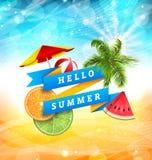 Progettazione del manifesto di divertimento di estate con l'anguria, l'ombrello, il beach ball, le fette di arancia e la calce Immagini Stock